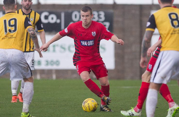 Queen's Park's Jamie McKernon in action during the Ladbrokes League One game between East Fife and Queen's Park.