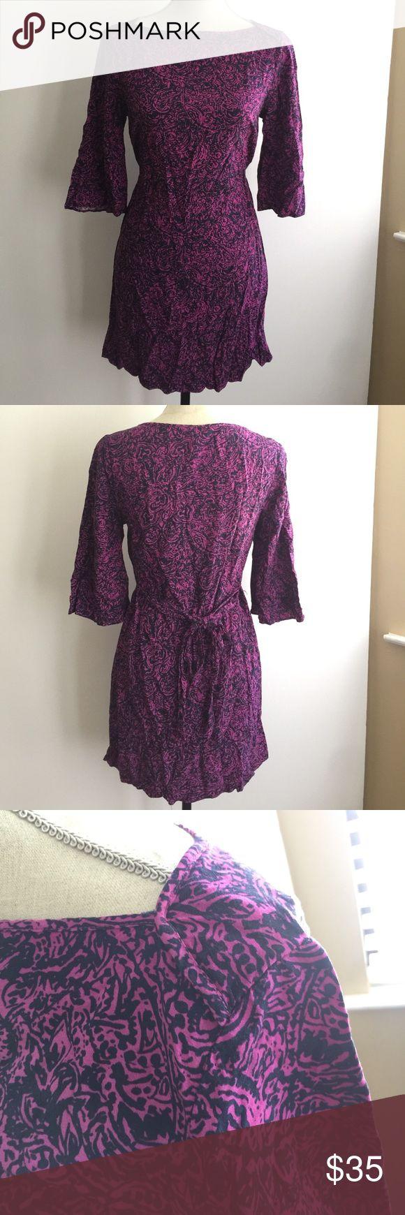 Banana Republic Dress Size XS Purple and black 1/4 sleeve dress with string belt Banana Republic Dresses Midi