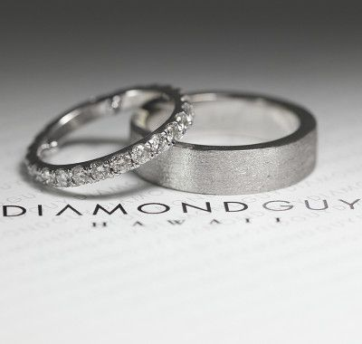 #hisandhers #weddingbands #mensweddingband Let Diamond Guy Hawaii make your custom wedding ring. Our high end rings are made by our master jeweler for a fraction of what you pay in other shops.