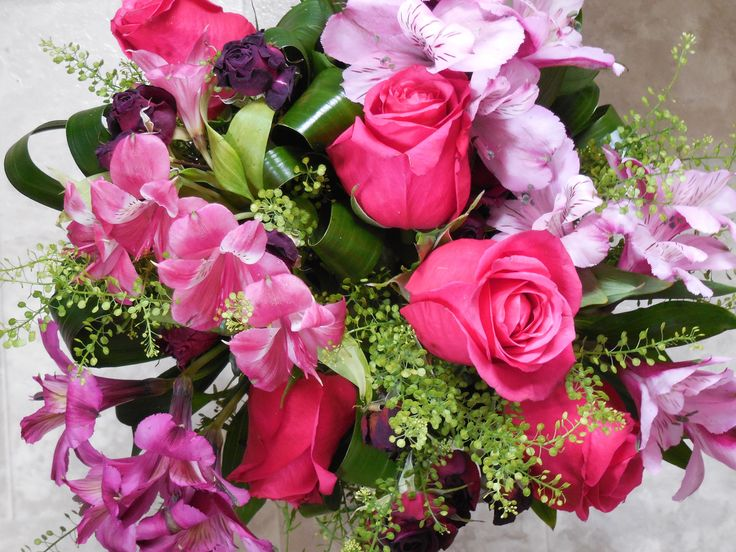 Make someone's day with this beautiful bouquet!!!  #spreadjoy #bouquet #torontoflowercompany