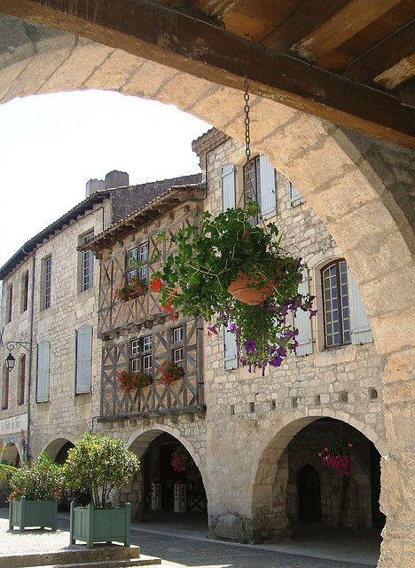 Lauzerte, Tarn et Garonne, Midi-Pyrénées, France 05-06-2015