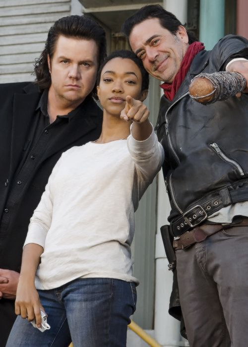 """Josh McDermitt, Sonequa Martin-Green and Jeffrey Dean Morgan behind the scenes of The Walking Dead Season 7 Episode 16 