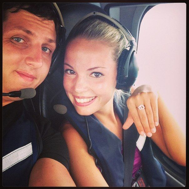 wedding proposal in helicopter girl and her boyfriend are posing engagement photos  Good Marriage Proposals, Romantic Marriage Proposals, Wedding Proposal Flash Mob, Wedding Proposal Ideas, Wedding Proposal Stories, Wedding Proposal Videos, YouTube Wedding Proposal