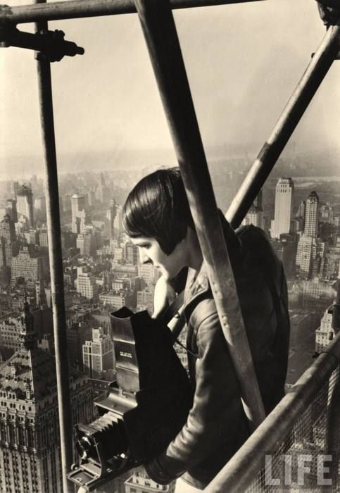 MARGARET BOURKE-WHITE ATOP CHRYSLER BUILDING
