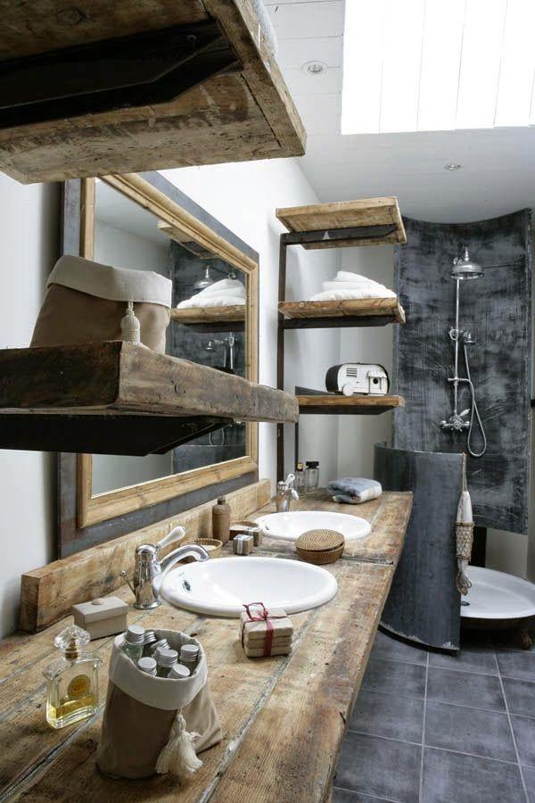 la tazzina blu: Thick beams as shelves