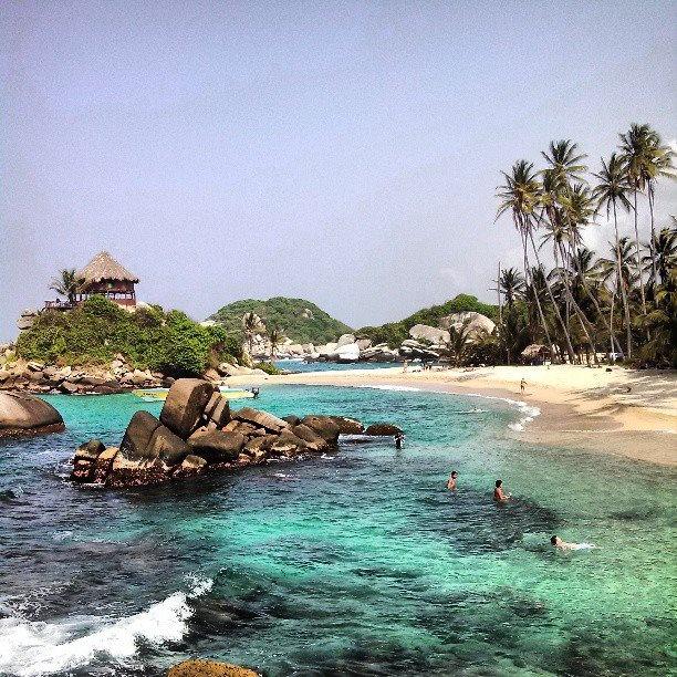 Turismo Colombia, Foto by @mgmortonjr! en Instagram #SomosTurismo #paradise on the #CaribbeanSea #CaboSanJuan #Tayrona #Colombia #playa #lifeisgood #tranquilo #sun #surf #serenityatlast