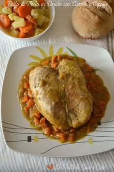 Petto di Pollo in Umido con Carote e Cipolle