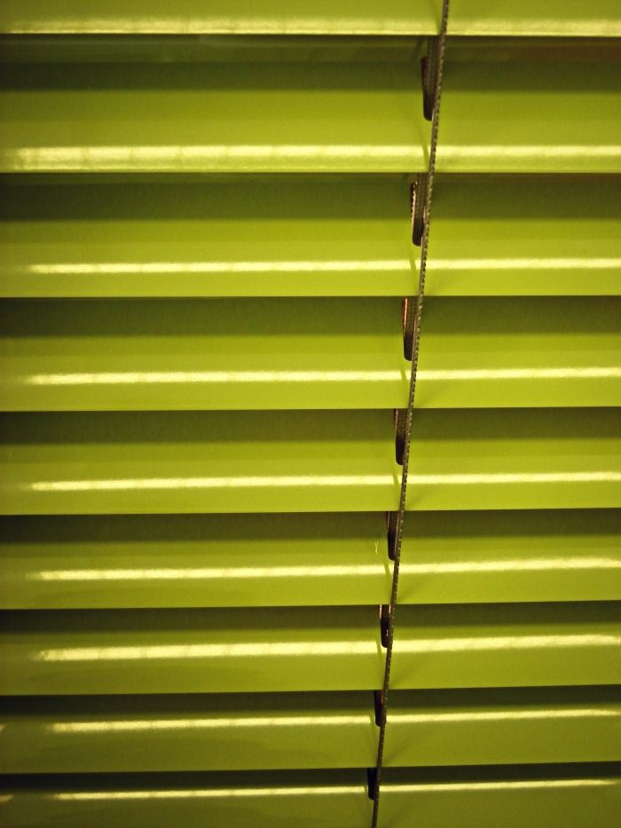 lime green venetian blind at aspect