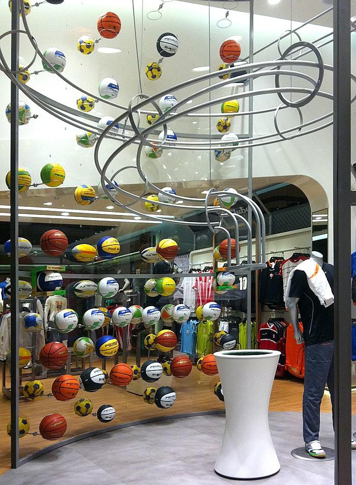 Loja exclusiva da Penalty no Parque Dom Pedro Shopping, em Campinas - executado pela FAL