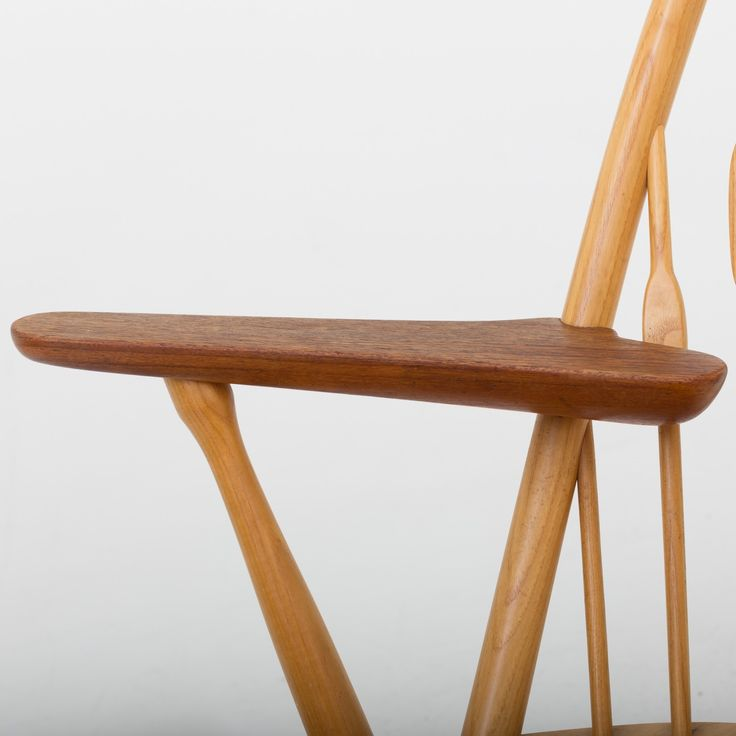 JH 550 - Peacock chair in ash