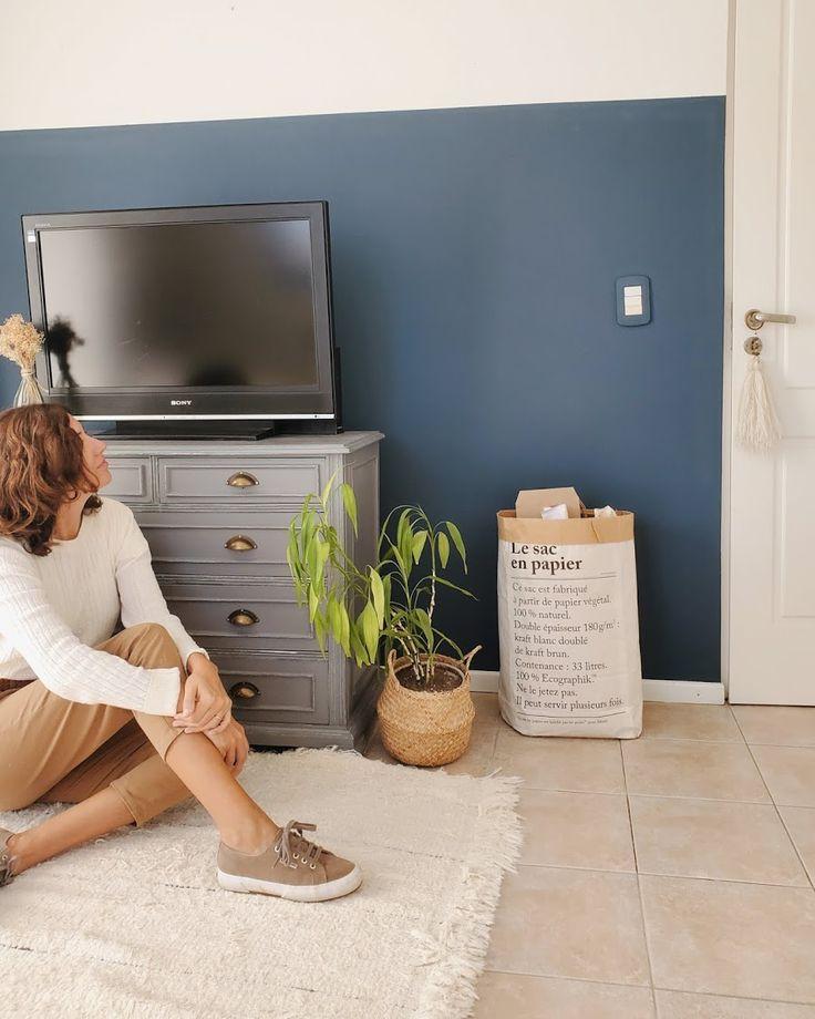 Proyecto azul: renovar un cuarto con color - halfpainted wall / Vero Palazzo - Home Deco Pantone, Palazzo, Gallery Wall, Home Decor, Color Of The Year, Shades Of Blue, Blue Nails, Colors, Art Studios