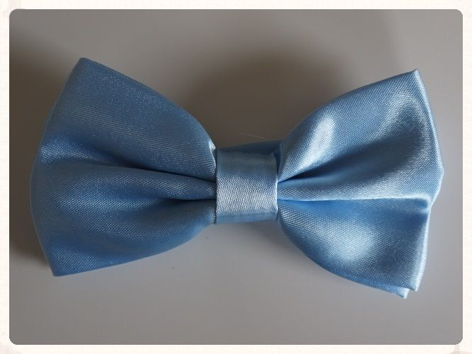 Men rsquo s handmade pre tied bowtie in a pale blue colour with a shiny satin finish Bowties make a great change from the traditional grooms wear