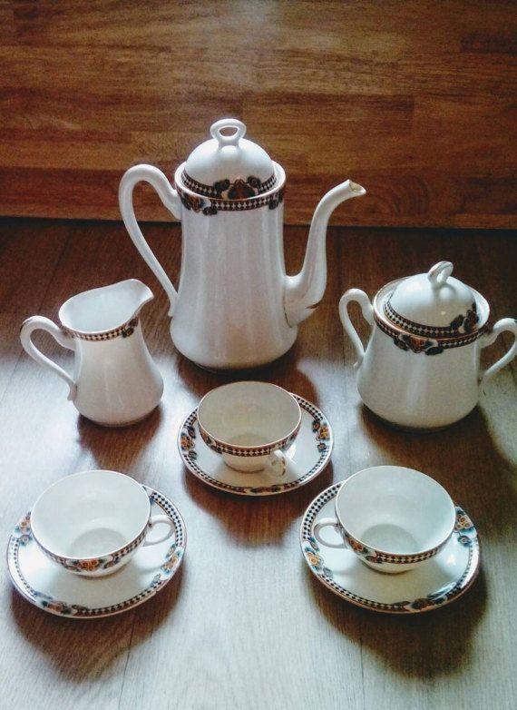 service a th fabriqu e en france porcelaine de limoges des ann es 30 tasses soucoupes. Black Bedroom Furniture Sets. Home Design Ideas