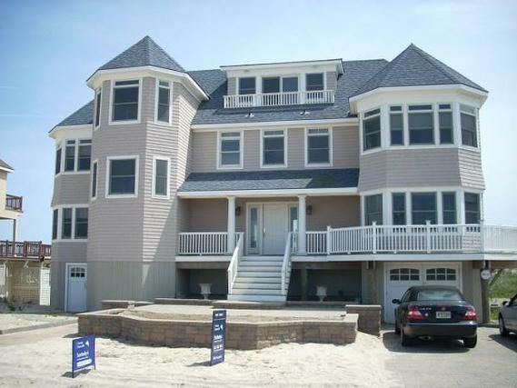 1000 images about wedding wednesday east coast beach for Beach houses on the east coast