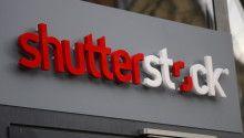 Kurucusu Jon Oringer'ı Silikon Geçiti'nin ilk milyarderi olmasını sağlayan dünyanın en büyük dijital görsel stoklarından Shutterstock, müzik paylaşım alanında Beta yayınına bugün başladı. Kullanıcılarının fotoğraf, ilüstrasyon, vektör ve video paylaşımı yapabildiği Shutterstock açısından müzik, en yakın rakibi Getty Images'ın gerisinde olduğu bir alandı. Shutterstock'un iddialı bir lisanslama modeliyle başlattığı müzik açılımıyla iki şirket arasındaki rekabete böylelikle yeni...