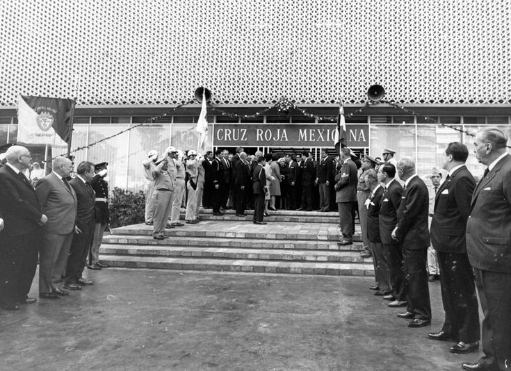 20 Enero 1968 s se inauguró el Hospital de Trauma de Cruz Roja Mexicana en Polanco #CDMX. Una esperanza de vida que ha salvado a miles de mexicanos.