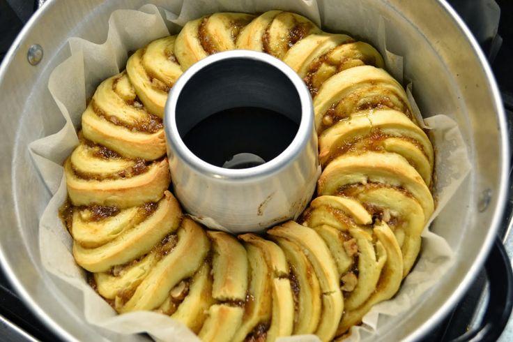 La creatività e i suoi colori: Crostata arrotolata con marmellata di fichi e noci nel fornetto Versilia