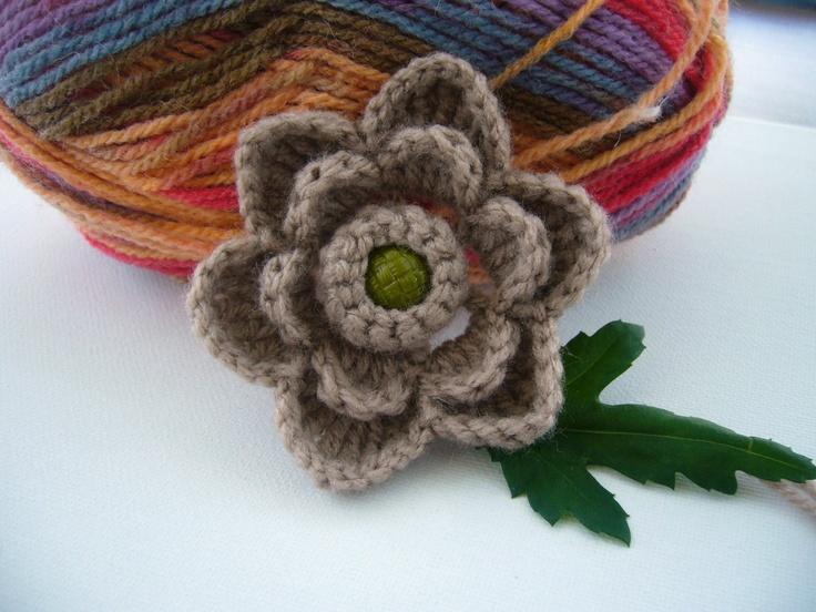 Crochet flower  http://www.etsy.com/shop/CraftsbySigita?ref=si_shop: Crochet Flower