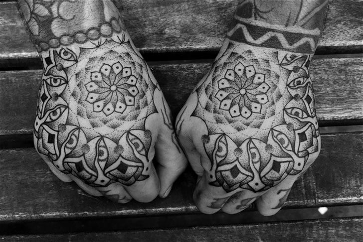 Illusion: Tattooist Jondix spent years learning about Oriental art from Thailand and North India. Today, he is a recognized artist who has specialized in Asian-inspired tattoos, many of these related with holy themes and inked in black and grey.     (Photo © Jondix)    http://illusion.scene360.com/art/26352/spiritual-tattoos/