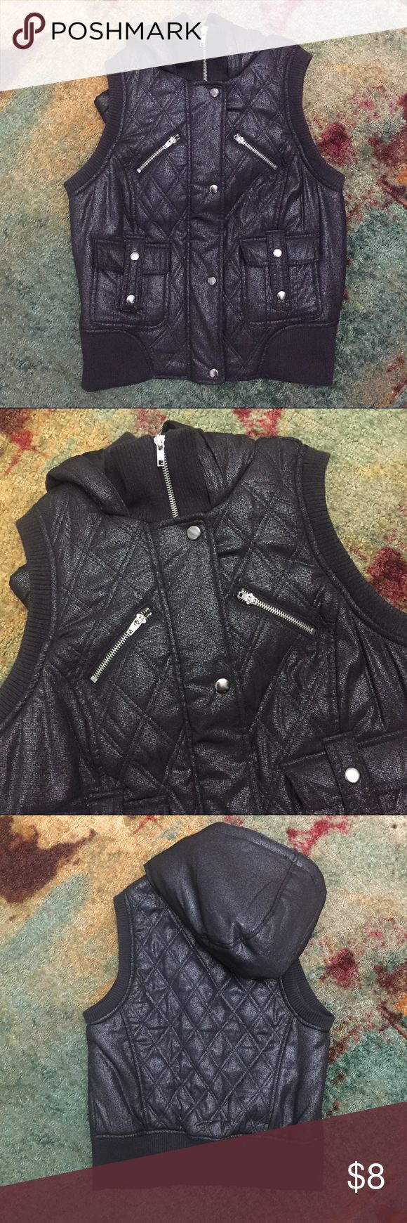 Allen B. Black Hooded Metallic Vest, M Allen B. by Allen Schwartz Black Hooded Metallic Vest, M; GUC, visible pulls on stretchy fabric, especially inside the vest. Shell/Lining/Fill: 100% polyester, Trim: 99% polyester, 1% spandex ABS Allen Schwartz Jackets & Coats Vests