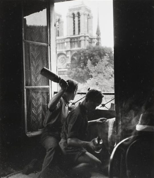Robert Doisneau     French Resistance Fighters with Molotov Cocktails During the Liberation of the City, Rue du Petit Pont, Paris     1944