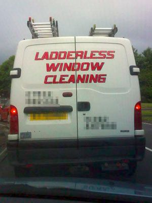 busted!Random Pictures, Laugh, Funny Signs, Funny Pictures, Commercials Windows, Humor, Ladders Windows, Ladderless Windows, Windows Cleaning
