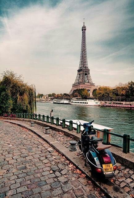 DAY 5 Paris France Bucket list -Scooter in Paris (previous pinner said that, I thought it was funny :)