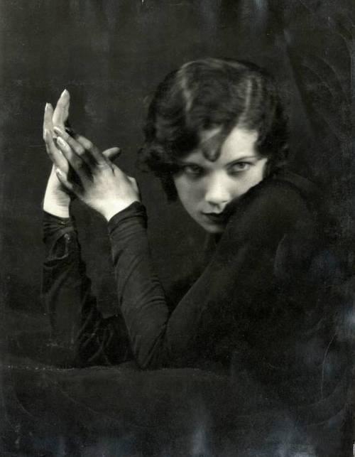 "Ottilie Ethel Leopoldine ""Tilly"" Losch, Countess of Carnarvon"