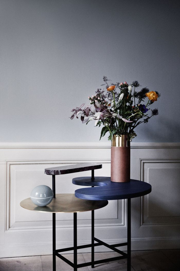 Palette table from tradition interior details pinterest for Table cuisine 75 x 75