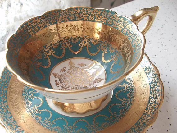 Antigua taza de té de filigrana de oro Royal por ShoponSherman