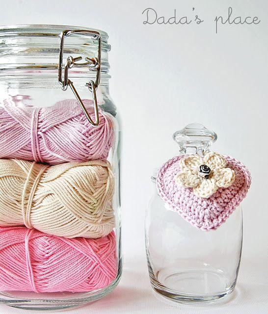 Dada's place: Little crochet owls ༺✿ƬⱤღ http://www.pinterest.com/teretegui/✿༻