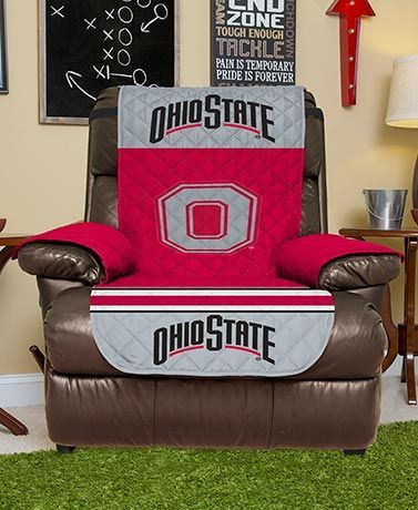 Show team spirit while protecting your upholstered piece with this Collegiate Chair/Recliner Cover.