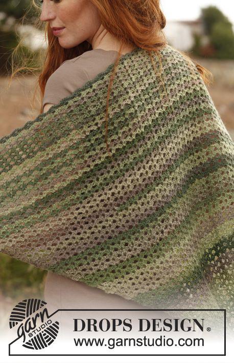"""Springtime / DROPS 136-10 - Châle DROPS au crochet, en """"Delight"""" - Free pattern by DROPS Design"""