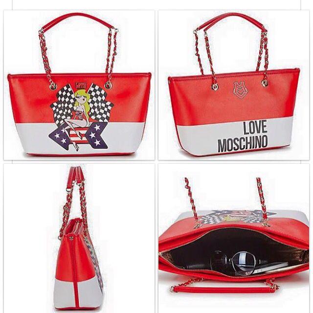 Nuovo Giveaway estivo. In palio una bellissima borsa #moschino!  Scopri come partecipare qui ⬇️  https://www.facebook.com/permalink.php?story_fbid=1041065545917892&id=115832388441217