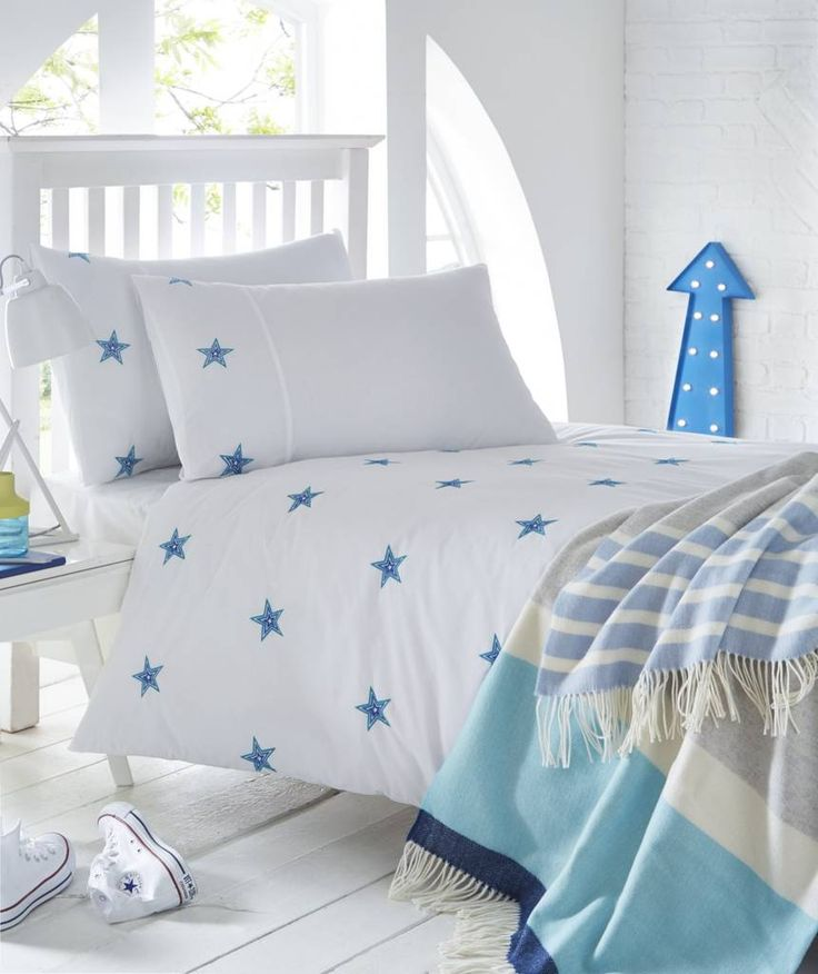 Are you interested in our stars embroidered duvet cover pillowcase? With our stars blues Embroidered childrens bed linen you need look no further.