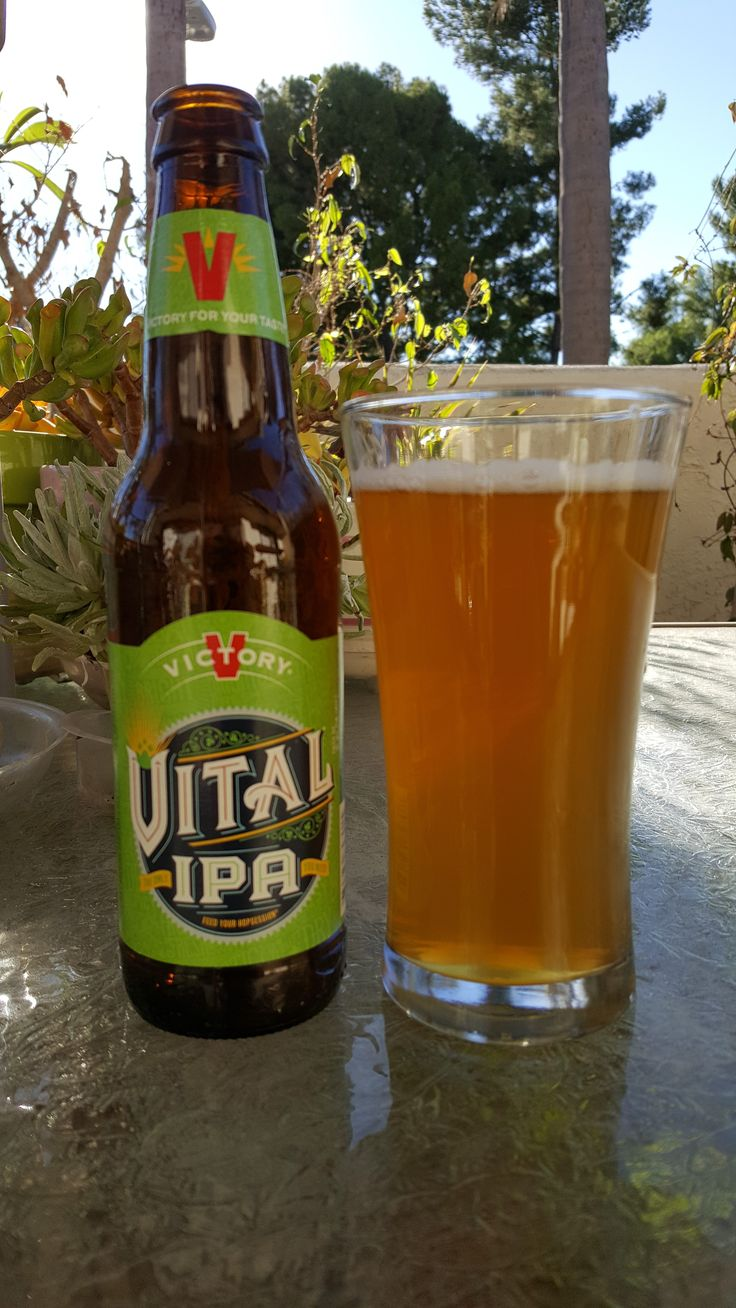 Victory Brewing Company-Vital IPA Review On a warm, dry fall day, an IPA is what fit the bill perfectly. Vital IPA by Victory Brewing Company, 6.5% ABV.  Appearance: Very Pale Gold co...