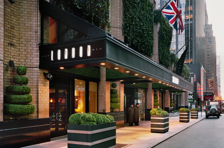london-nyc-hotel-signage-entrance