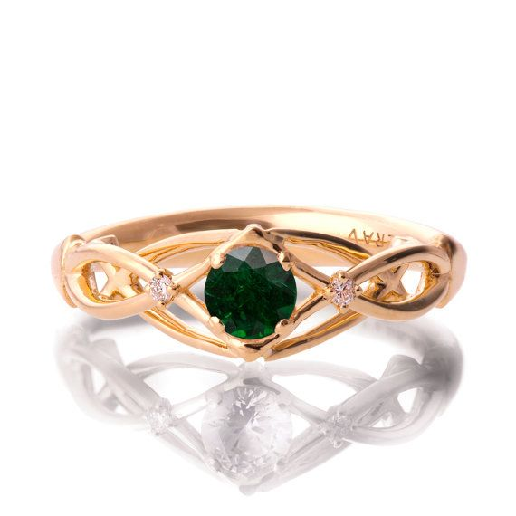 Verlobungsring, Smaragd und Diamant-Verlobungsring, Gelbgold Smaragd Ring, Verlobungsring, keltischer Ring, geflochten drei Stein ring, 9