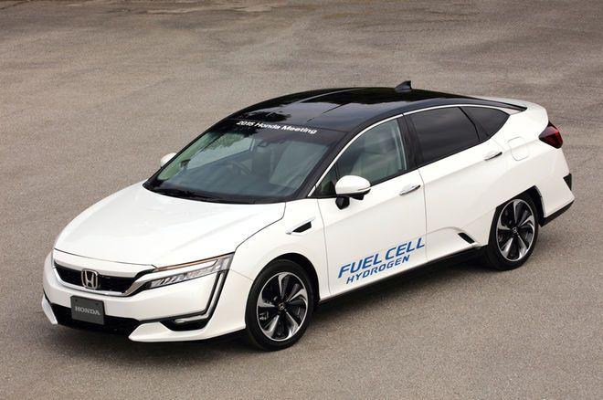 2017 Honda Clarity Fuel Cell Car