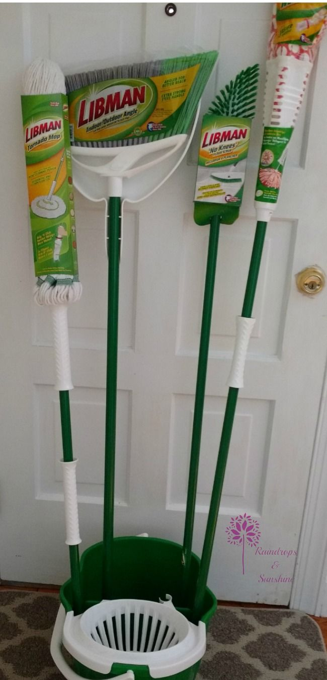 Brooms are one of the things, that I often forget to upgrade. Until I pick up a new one and realize how much easier it was to get the house clean. Libman