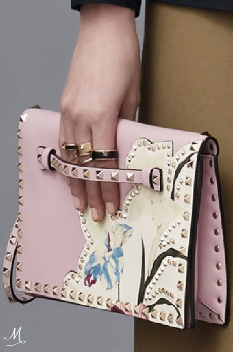 PRE-FALL 2016 Valentino. Pink studded flower embellished bag. Stunning!