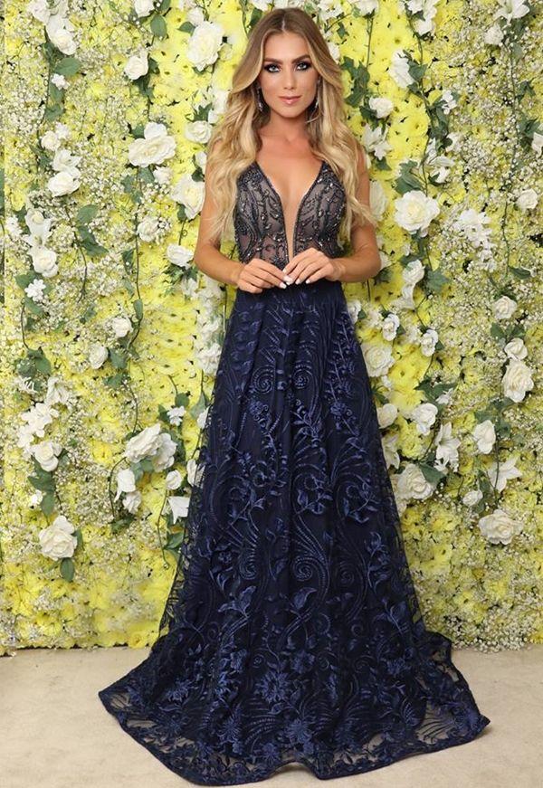 f2ad17602 Seleção de vestido de festa azul   fotos