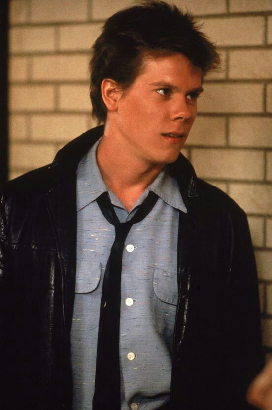 Footloose (1984) kevin bacon my loveeee