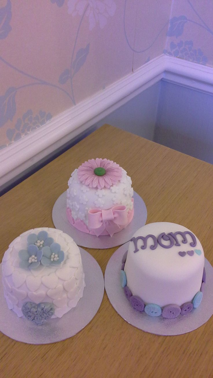 These individual cakes make the perfesct litte gift for Mothers Day . Available to  order collect only