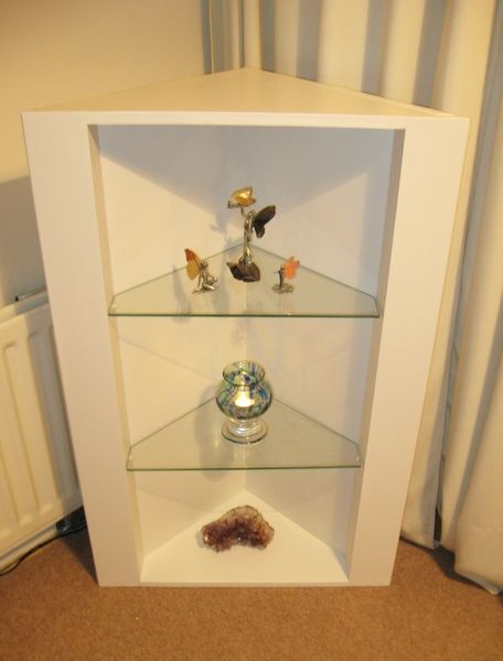 1000 ideas about corner shelf unit on pinterest shelf. Black Bedroom Furniture Sets. Home Design Ideas