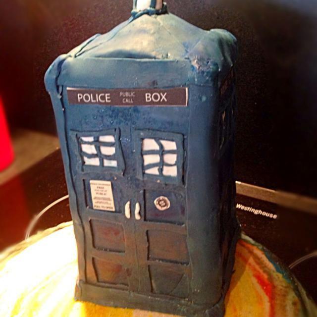 レシピとお料理がひらめくSnapDish - 9件のもぐもぐ - Dr who tardis cake by kipper's kitchen