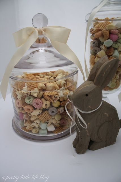 Easter Trail Mix - A Pretty Little Life Blog