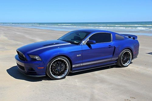 Muscle Cars… Mustang GT/CS 5.0