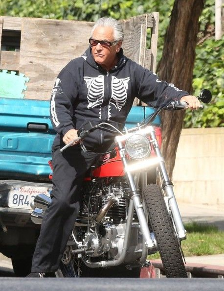 barry weiss takes his motorcycle for a spin motorcycles spin and pictures. Black Bedroom Furniture Sets. Home Design Ideas