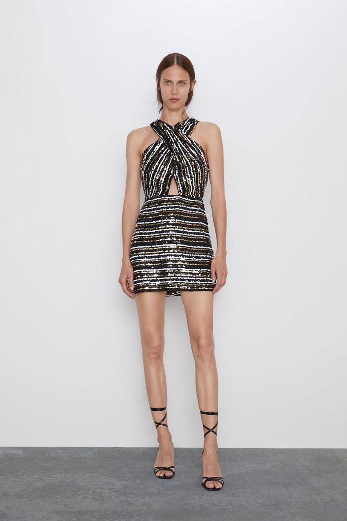 They Re Here The 32 Best Zara Party Dresses Of 2019 Who What Wear In 2020 Cute Dresses For Party Dresses Wrap Dress